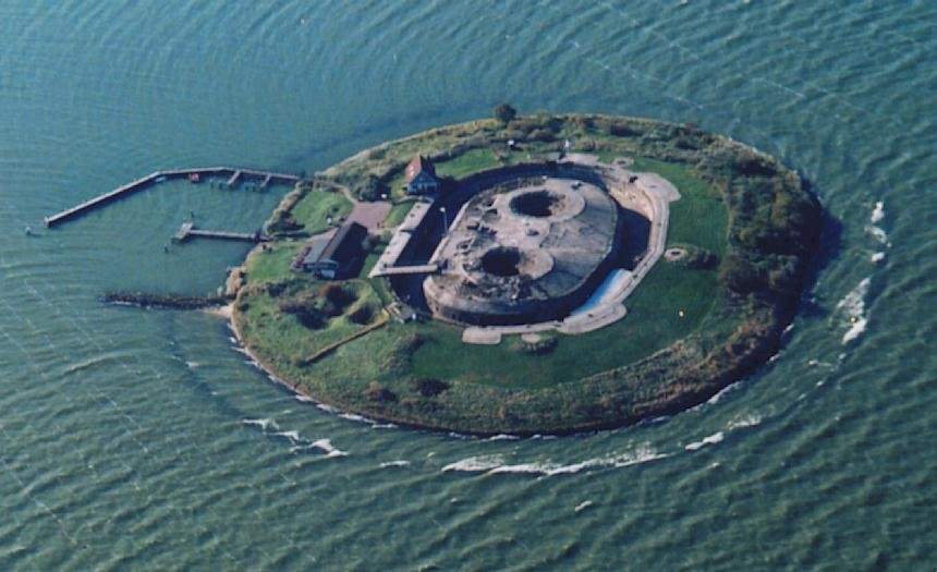 Luchtfoto Pampus.